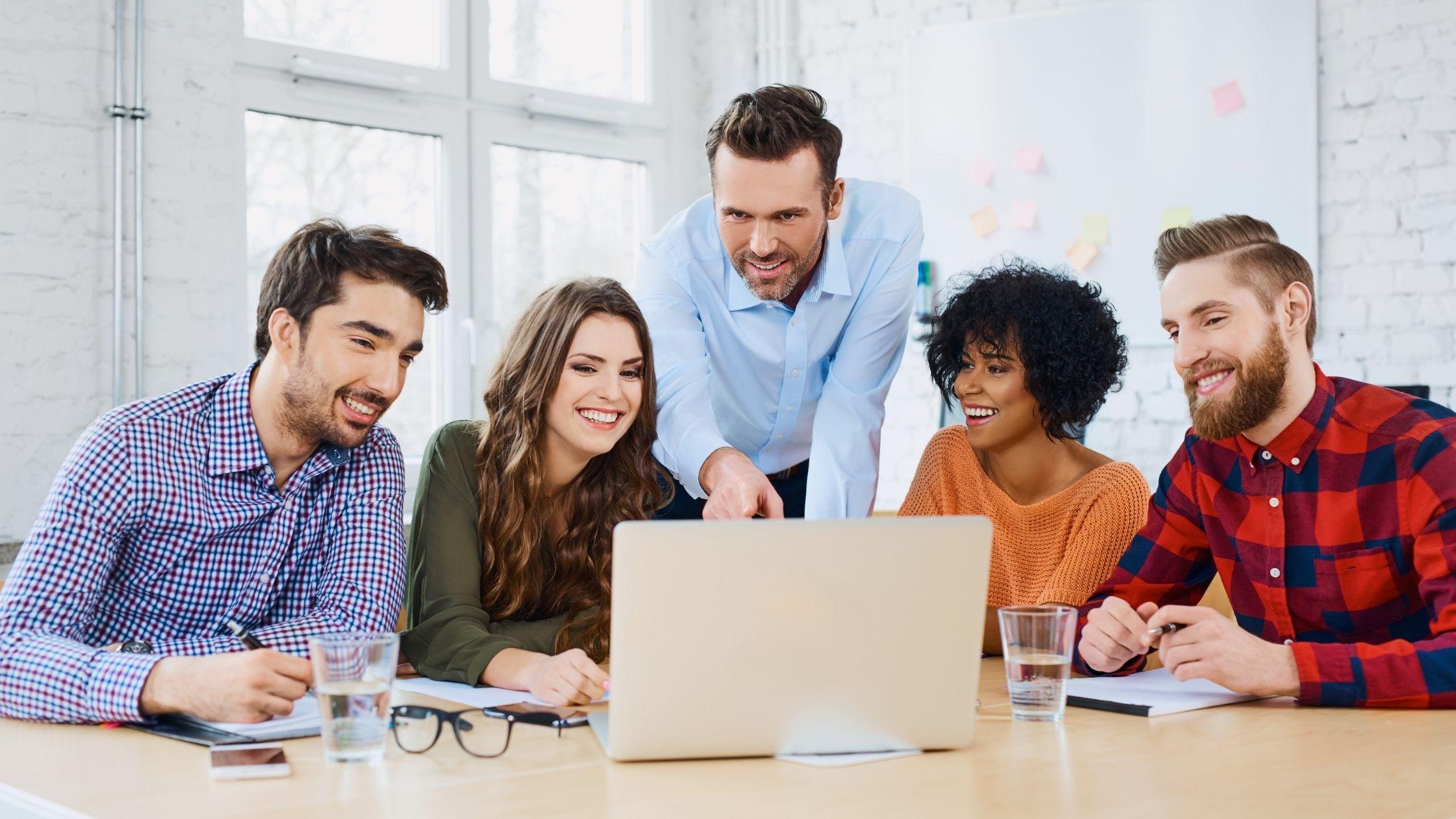 In-house vs agency marketing